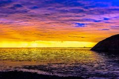 Σκανδιναβικό άσπρο Seascape νύχτας Στοκ εικόνες με δικαίωμα ελεύθερης χρήσης