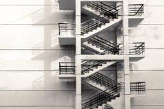 Σκαλοπάτια στον τοίχο Στοκ φωτογραφία με δικαίωμα ελεύθερης χρήσης