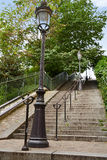 Σκαλοπάτια του Παρισιού Montmartre σε Sacre Coeur Στοκ Φωτογραφία