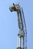Σκαλοπάτι-ανελκυστήρας πυρκαγιάς Στοκ εικόνα με δικαίωμα ελεύθερης χρήσης