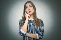 Σκεπτική wistful γυναίκα κορίτσι που ανησυχείται στοκ φωτογραφίες με δικαίωμα ελεύθερης χρήσης