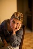 σκεπτόμενη γυναίκα Στοκ εικόνα με δικαίωμα ελεύθερης χρήσης
