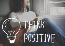 Σκεφτείτε ότι η θετική αισιοδοξία τοποθέτησης εμπνέει την έννοια στοκ εικόνες