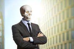Σκελετός στο επιχειρησιακό κοστούμι Στοκ εικόνα με δικαίωμα ελεύθερης χρήσης