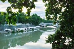 Σκηνές κατά μήκος του Tiber Στοκ Φωτογραφία