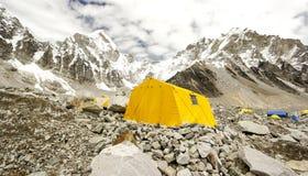 Σκηνές στο στρατόπεδο βάσεων Everest, Νεπάλ. στοκ φωτογραφίες