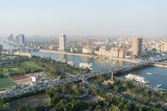 Σκηνή ηλιοβασιλέματος από την κορυφή του πύργου του Καίρου στην Αίγυπτο στοκ εικόνα με δικαίωμα ελεύθερης χρήσης