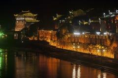 Σκηνή νύχτας στην αρχαία πόλη Fenghuang Στοκ Εικόνα