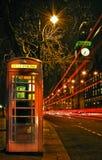 σκηνή νύχτας του Λονδίνο&upsilon Στοκ Εικόνα