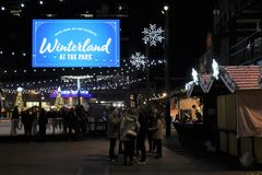 Σκηνή νύχτας το χειμώνα, πάρκο σε Wrigley, τομέας Wrigley, πάρκο των Chicago Cubs Στοκ Εικόνες