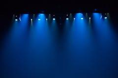 Σκηνή, σκηνικό φως με τα χρωματισμένα επίκεντρα Στοκ Φωτογραφία