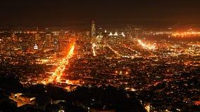 Σκηνή του Σαν Φρανσίσκο, Καλιφόρνια τη νύχτα Στοκ φωτογραφίες με δικαίωμα ελεύθερης χρήσης