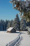 Σκηνή χειμερινού ταξιδιού _με τους τουρίστες Στοκ φωτογραφία με δικαίωμα ελεύθερης χρήσης