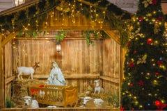 Σκηνή Nativity με την ιερή οικογένεια στην Πράγα, Czechia Στοκ Φωτογραφίες