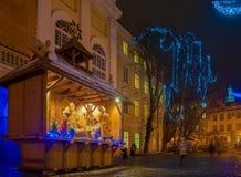 Σκηνή nativity Χριστουγέννων στη νύχτα Στοκ φωτογραφία με δικαίωμα ελεύθερης χρήσης