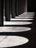 σκιά αψίδων στοκ εικόνα με δικαίωμα ελεύθερης χρήσης