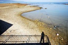 σκιά θάλασσας παραλιών Στοκ εικόνες με δικαίωμα ελεύθερης χρήσης