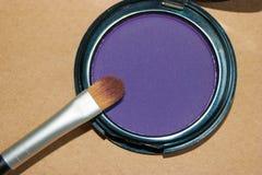 Σκιά ματιών και βούρτσα στοκ εικόνα με δικαίωμα ελεύθερης χρήσης