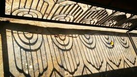 Σκιά πορτών σιδήρου Στοκ εικόνα με δικαίωμα ελεύθερης χρήσης