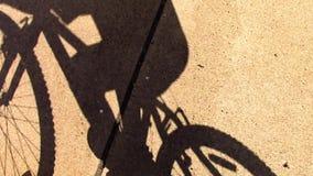Σκιά ποδηλάτων απόθεμα βίντεο