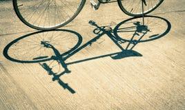 Σκιά του ποδηλάτου Στοκ φωτογραφία με δικαίωμα ελεύθερης χρήσης