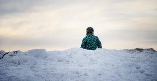 Σκιέρ και χιόνι στοκ φωτογραφία