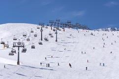 Σκιέρ και chairlifts σε Solden, Αυστρία στοκ εικόνες με δικαίωμα ελεύθερης χρήσης