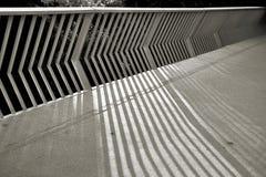 Σκιές ενός κιγκλιδώματος γεφυρών Στοκ Φωτογραφία