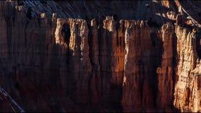 Σκιές πέρα από Hoodoos στο εθνικό πάρκο φαραγγιών του Bryce φιλμ μικρού μήκους