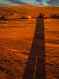 Σκιές στους κόκκινους βράχους Στοκ εικόνες με δικαίωμα ελεύθερης χρήσης