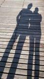 Σκιές στο ξύλινο κατώτατο σημείο στοκ εικόνες με δικαίωμα ελεύθερης χρήσης
