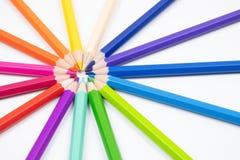 Σκιές των μολυβιών χρώματος που απομονώνονται στο άσπρο backgrou καμβά υφάσματος στοκ εικόνα με δικαίωμα ελεύθερης χρήσης
