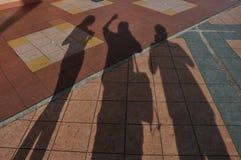 σκιές φίλων στοκ εικόνα