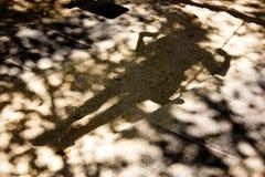 Σκιές Bluury ενός προσώπου σε μια ταλάντευση Στοκ Εικόνα
