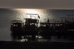 Σκιαγραφία ανατολής στην παραλία Τουρκία Στοκ εικόνες με δικαίωμα ελεύθερης χρήσης