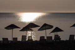 Σκιαγραφία ανατολής στην παραλία Τουρκία Στοκ φωτογραφίες με δικαίωμα ελεύθερης χρήσης