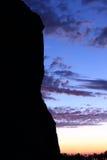 Σκιαγραφία ενός βράχου Στοκ φωτογραφία με δικαίωμα ελεύθερης χρήσης