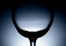 Σκιαγραφία ενός κενού γυαλιού κρασιού Στοκ φωτογραφία με δικαίωμα ελεύθερης χρήσης