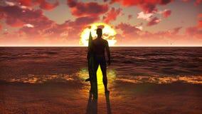 Σκιαγραφία ενός νέου αρσενικού surfer που στέκεται στην παραλία στην ανατολή με μια ιστιοσανίδα και που προσέχει τα ωκεάνια κύματ ελεύθερη απεικόνιση δικαιώματος