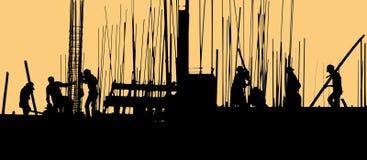 Σκιαγραφία εργατών οικοδομών στο χώρο εργασίας στοκ εικόνες με δικαίωμα ελεύθερης χρήσης