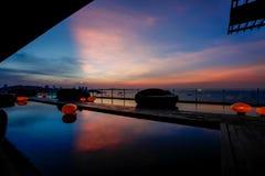 Σκιαγραφία ηλιοβασιλέματος Στοκ Φωτογραφία