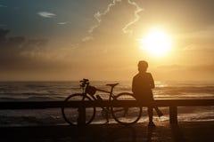 Σκιαγραφία, οδηγός ποδηλάτων Στοκ εικόνα με δικαίωμα ελεύθερης χρήσης