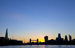 Σκιαγραφία οριζόντων του Λονδίνου Στοκ φωτογραφία με δικαίωμα ελεύθερης χρήσης