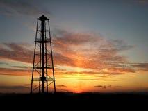 σκιαγραφία πλατφορμών άντλησης πετρελαίου Στοκ Εικόνα