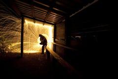 σκιαγραφία πυροτεχνημάτων Στοκ εικόνα με δικαίωμα ελεύθερης χρήσης