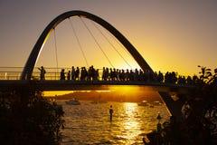 Σκιαγραφία της γέφυρας αποβαθρών της Elizabeth στοκ εικόνες με δικαίωμα ελεύθερης χρήσης