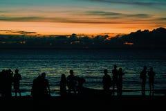 Σκιαγραφία του ηλιοβασιλέματος Στοκ Εικόνες