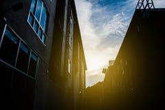 Σκιαγραφία του κτηρίου στην αγορά Στοκ φωτογραφίες με δικαίωμα ελεύθερης χρήσης