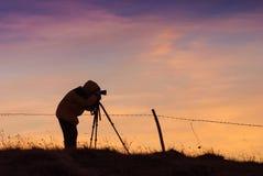 Σκιαγραφία του φωτογράφου Στοκ φωτογραφία με δικαίωμα ελεύθερης χρήσης
