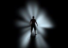Σκιαγραφία των ατόμων στο σκοτάδι Στοκ Εικόνες